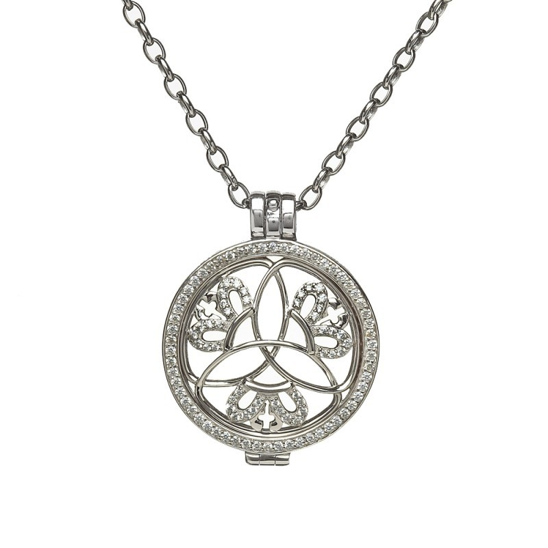 Trinity Disc Irish Pendant